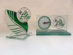 Приглашаем Вас в нашу компанию для выбора и заказа бизнес сувениров с логотипом в Новосибирске, где для Вас представлена рекламная продукция на любой вкус, начиная от промо-сувениров и заканчивая более дорогими VIP-подарками.